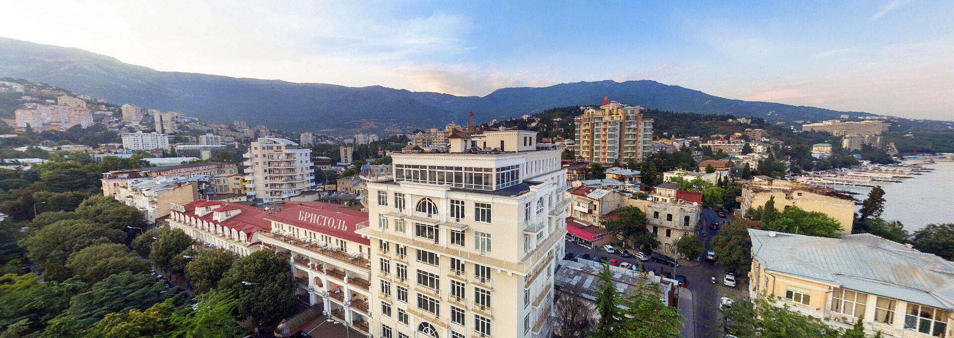 Hotel in the heart of Yalta